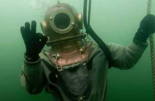 Погружение водолаза на глубину