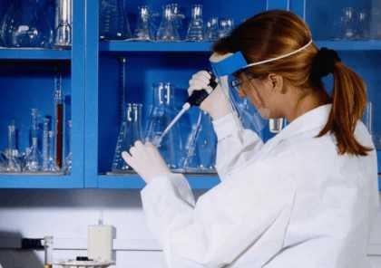 Отравления у работников лабораторий