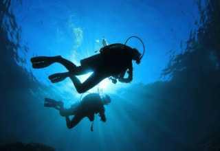 Всплытие аквалангистов