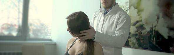 Грыжа шейного отдела позвоночника: лечение, причины, симптомы