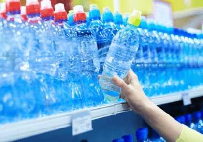 Покупка воды в бутылках